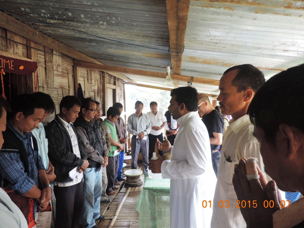 Hl. Messe auf der Bambus Veranda